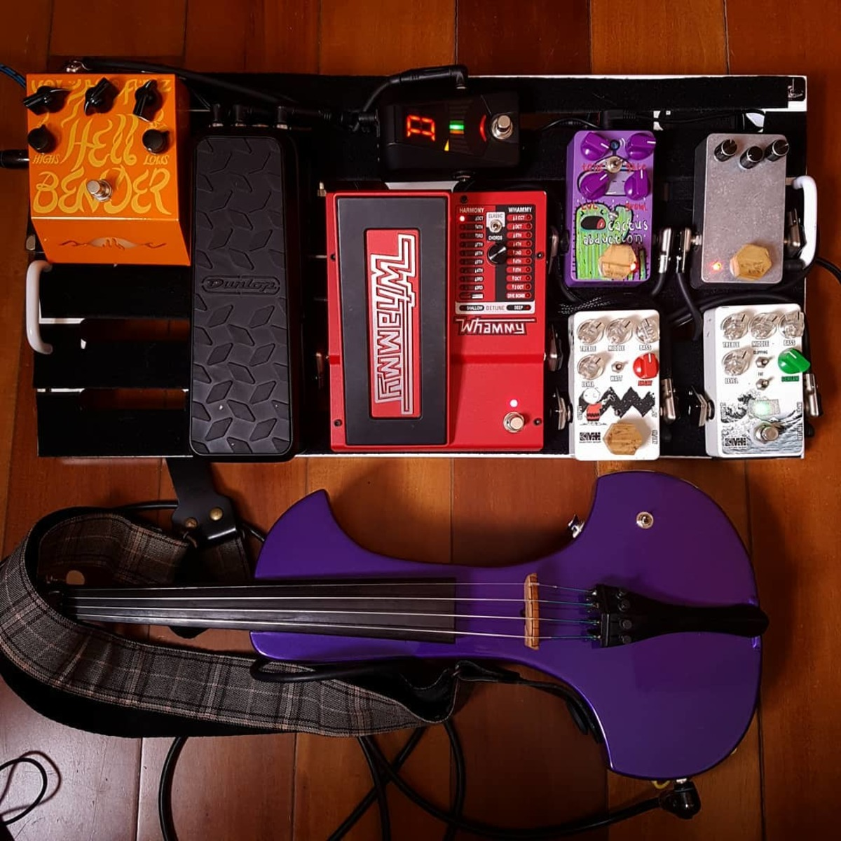 Photo of Dunlop DVP3 Volume (X) Pedal and more gear in a signal chain