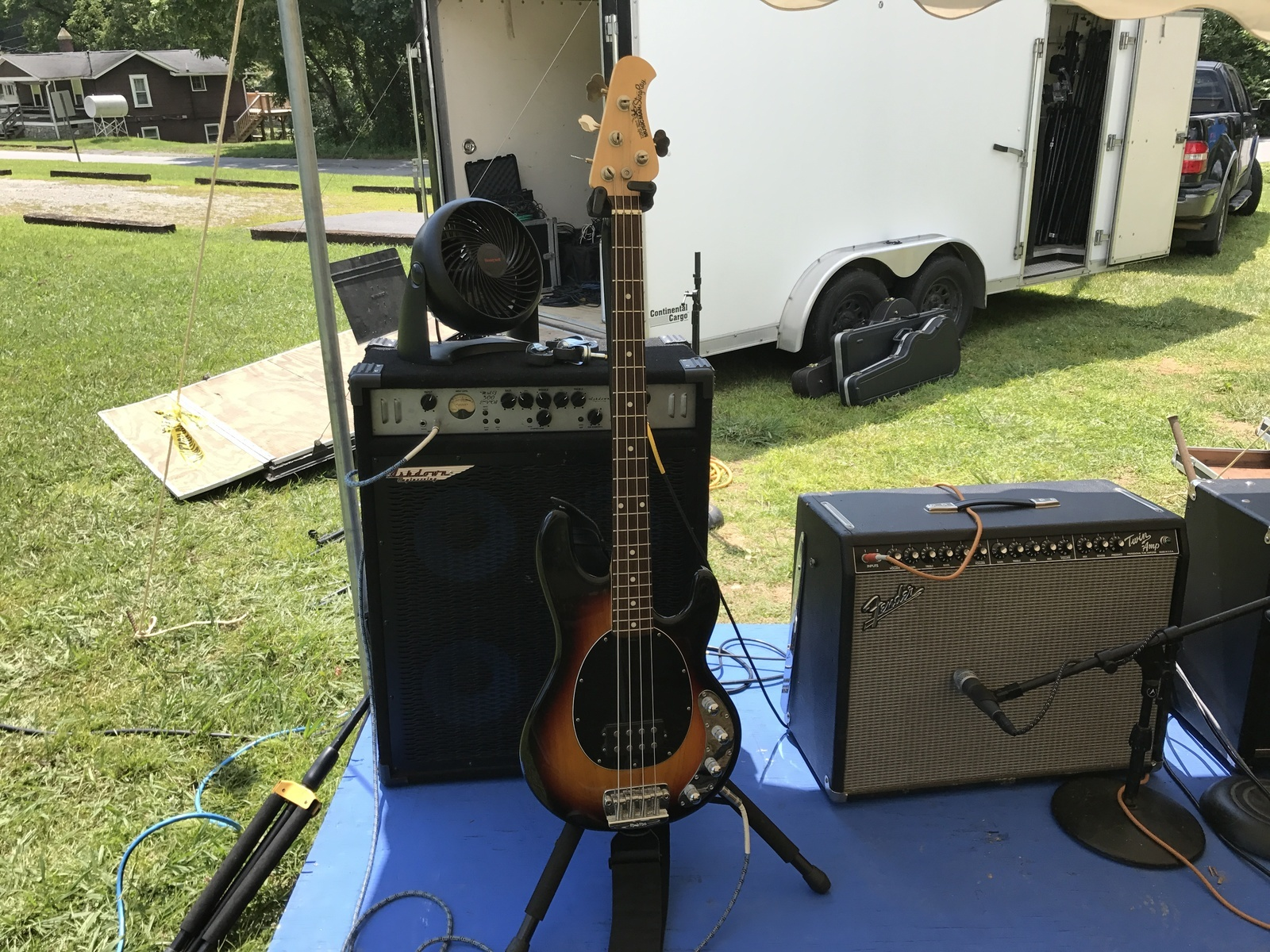 Photo of Ernie Ball Music Man Stingray Bass and more gear in a guitar, live, and Bass