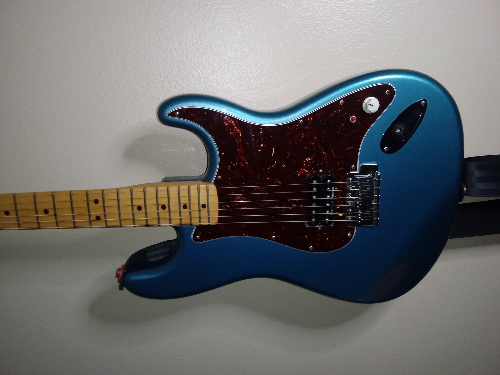 Photo of Fender Custom Shop Stratocaster in a guitar