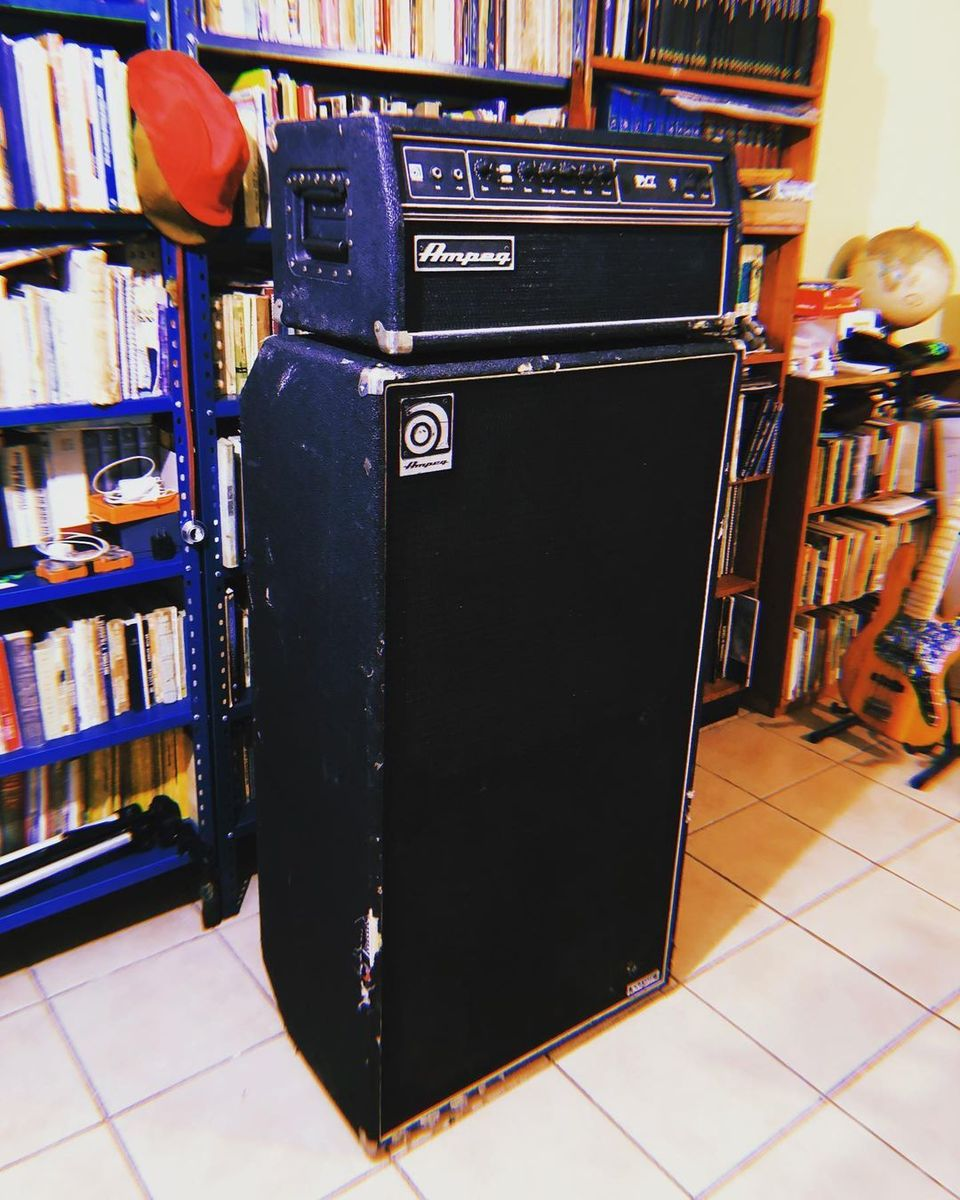 """Photo of Ampeg Classic Series 8 x 10"""" Cabinet and more gear in a amplifier"""