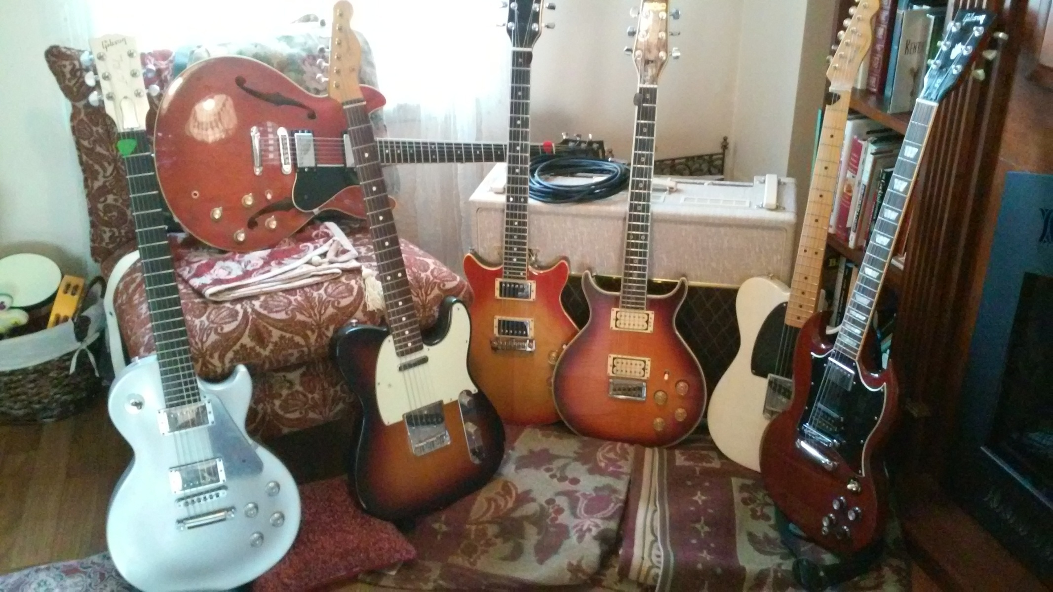 Photo of Vox AC30HW2 and more gear in a guitar