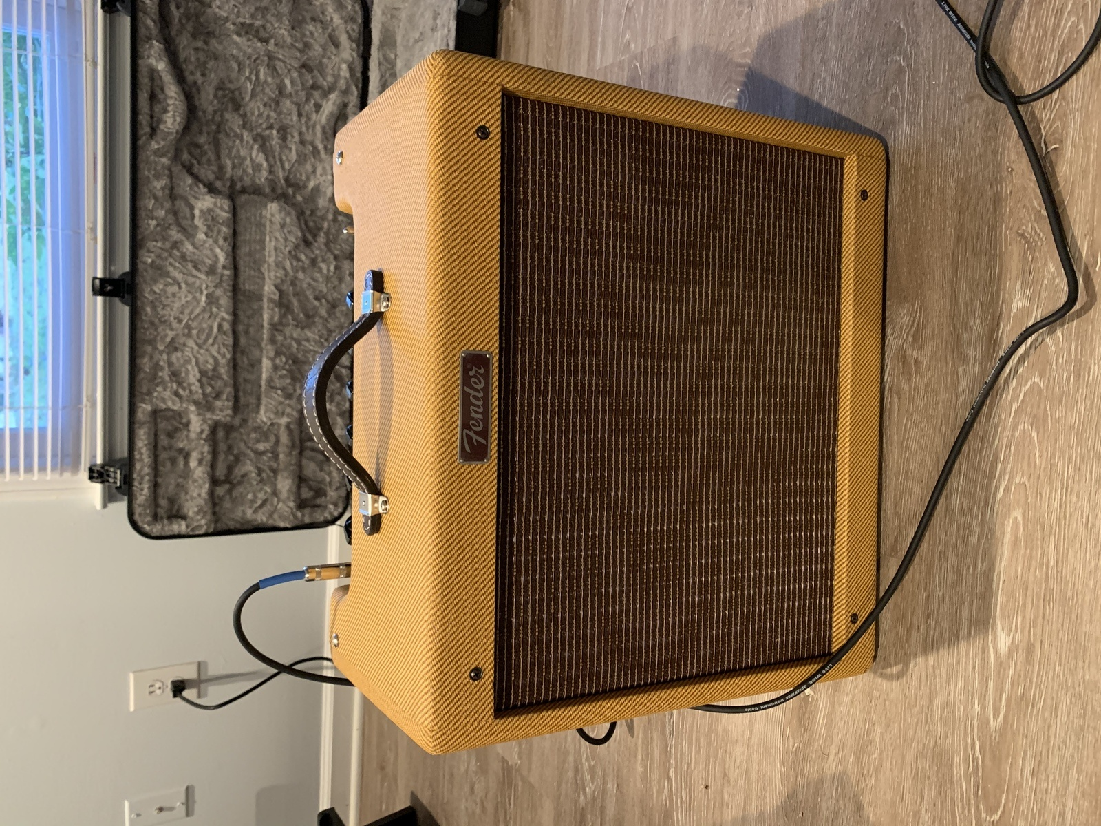 Photo of Fender Hot Rod Series Blues Junior 15W 1x12 Tube Guitar Combo Amp
