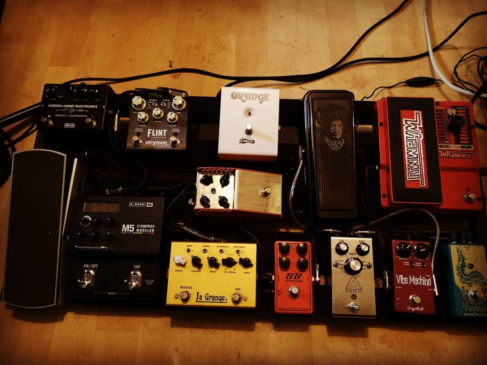 Photo of Line 6 M5 Stompbox Modeler Guitar Multi Effects Pedal and more gear