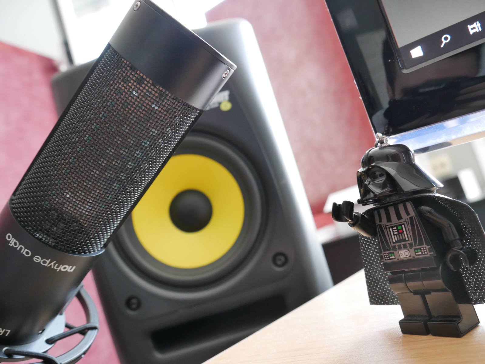 Photo of KRK Rokit 6 G2 Studio Monitor and more gear