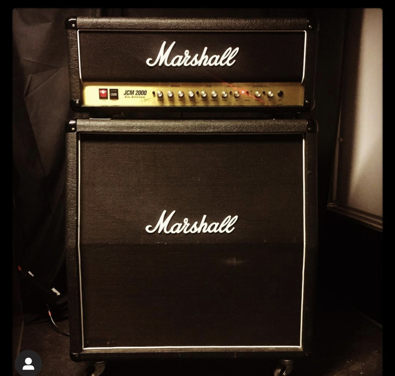 Photo of Marshall 1960A 4x12'' Cabinet and more gear