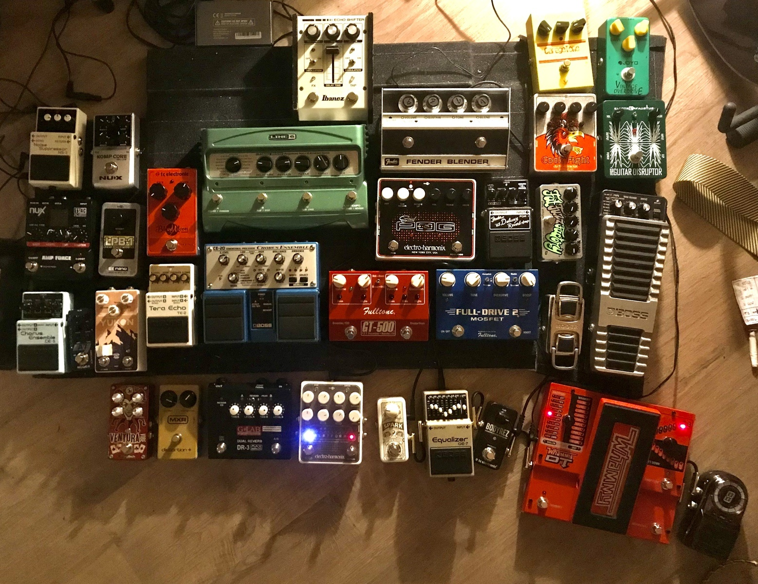 Photo of Fulltone Fulldrive 2 and more gear in a pedalboard and guitar