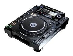 Pioneer-cdj-2000-s
