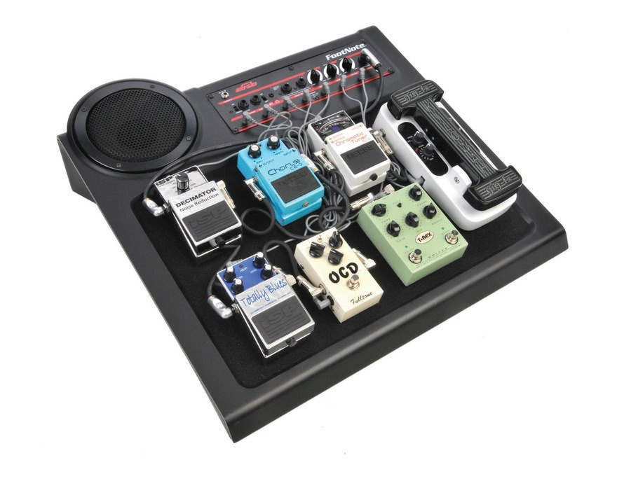 SKB FootNote Amplified Pedalboard