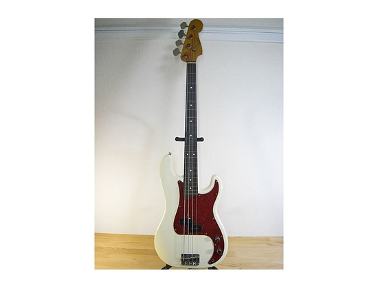 Fender Japan PB62-70