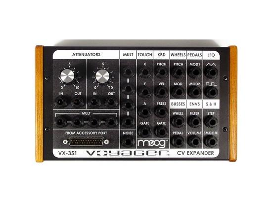 Moog VX-351 CV Output Expander for the Minimoog Voyager