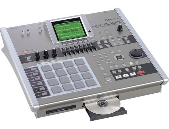 Roland MV-8000