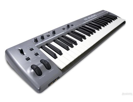 M-Audio KeyStudio 49i MIDI Controller