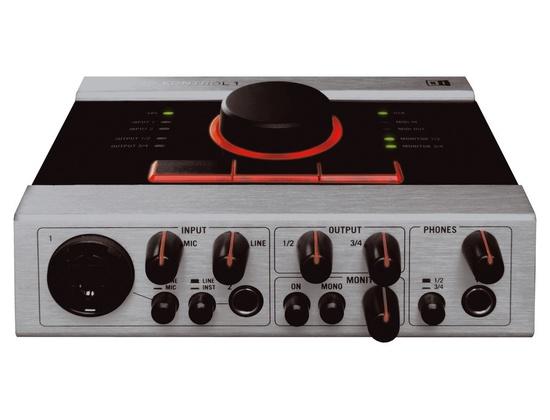 Native Instrument audio Kontrol 1
