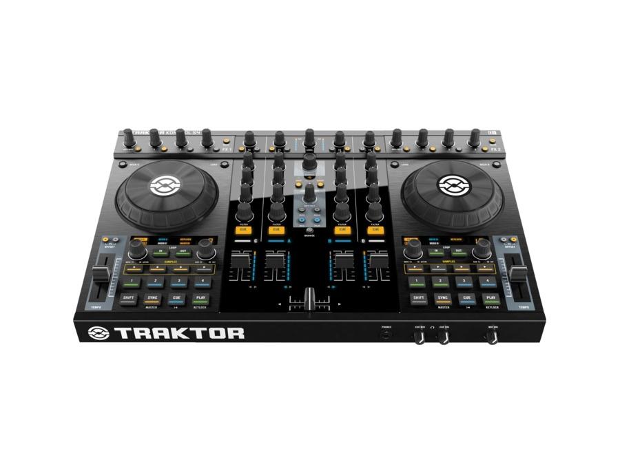 Native Instruments TRAKTOR KONTROL S4 DJ Performance System