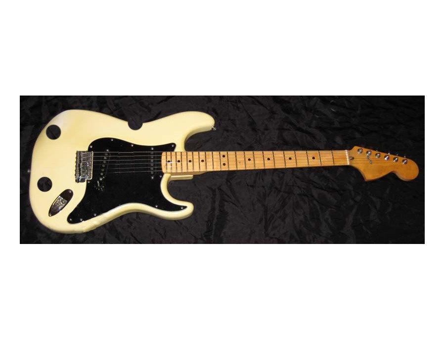 Off-white Stratocaster knock off