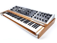 Moog-memorymoog-synthesizer-s