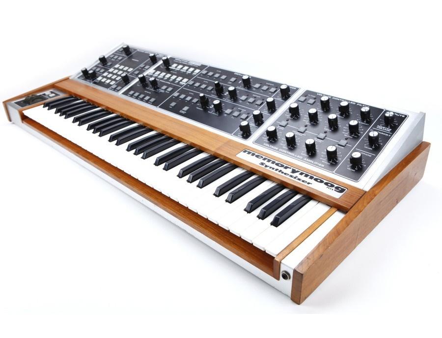 Moog memorymoog synthesizer xl