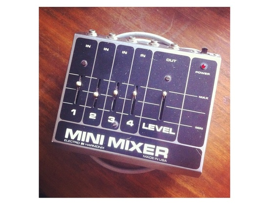 Electroharmonix Minimixer