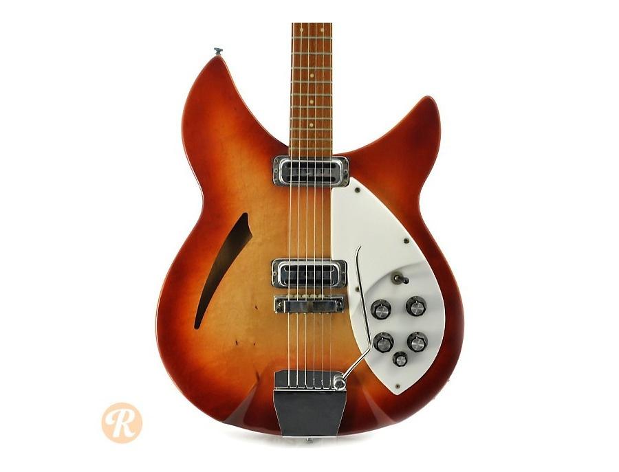 Rickenbacker 335