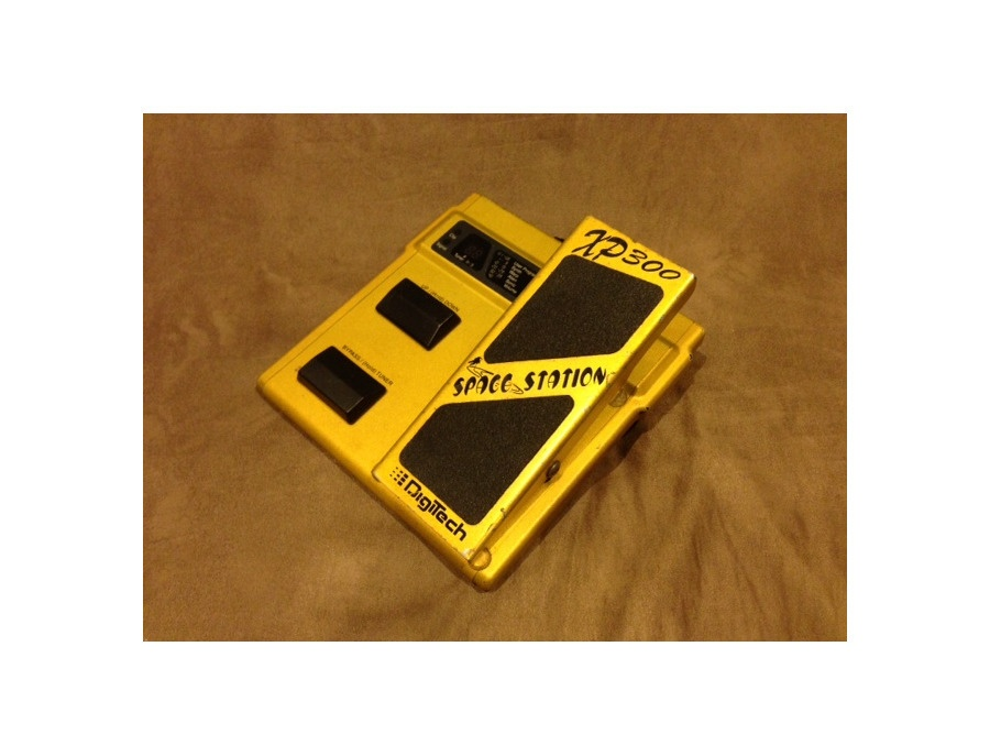 DigiTech XP-99 Space Station