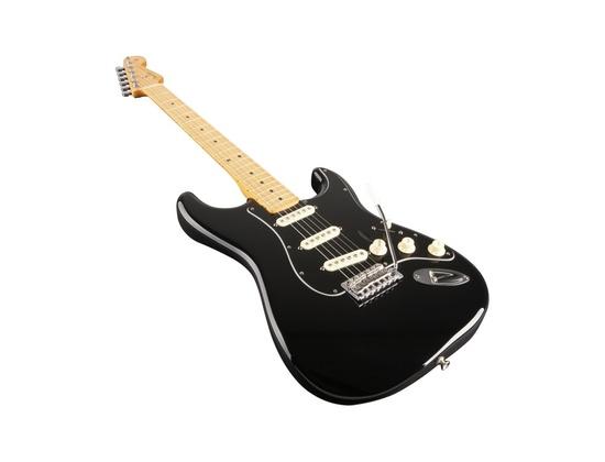 Fender FSR Standard Stratocaster (Black)