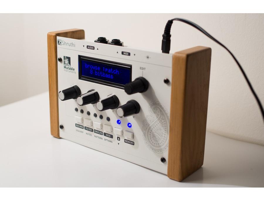 Mutable Instruments Shruthi-1