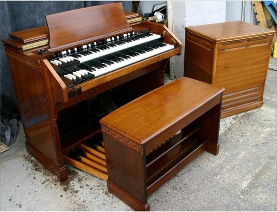 Hammond CV Organ