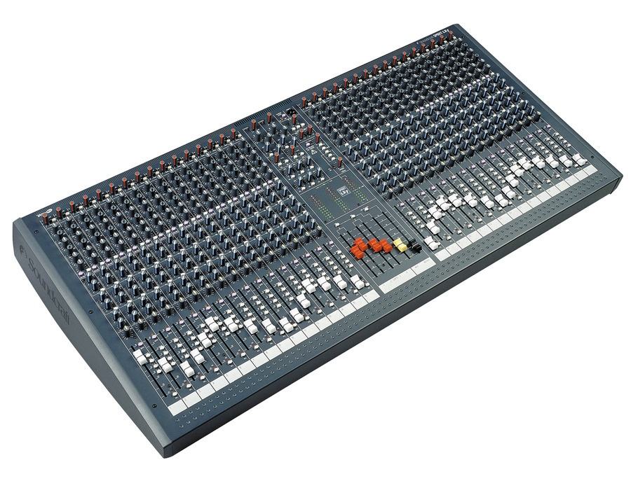 Soundcraft Spirit LX7 32-Channel Analogue Console