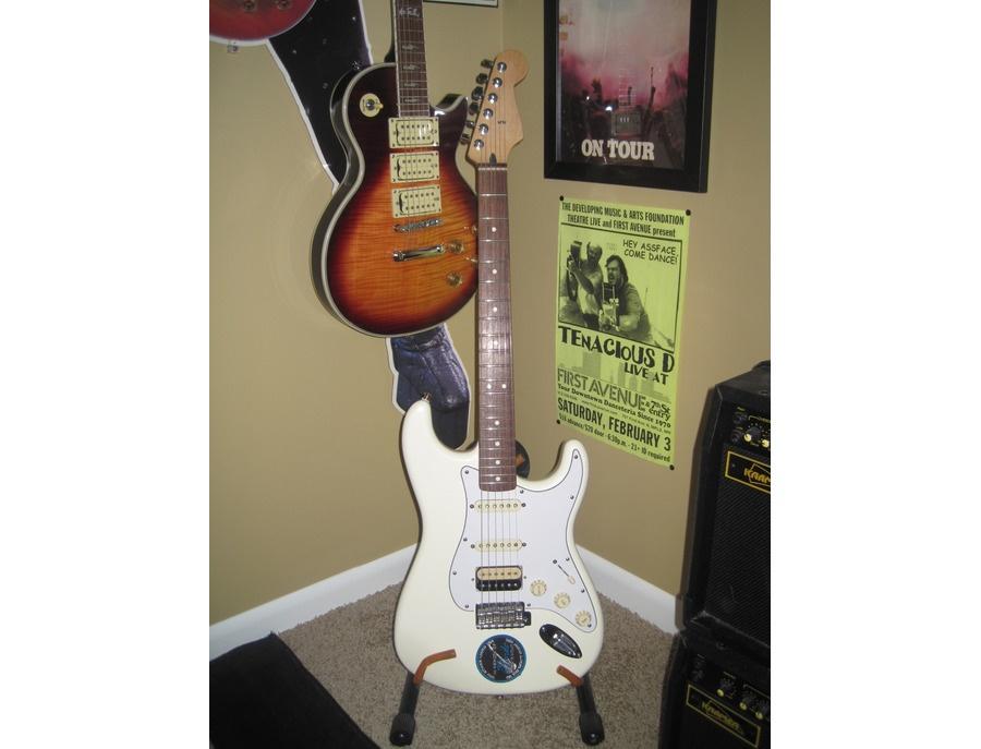 Fender Mexican Stratocaster - Rondo