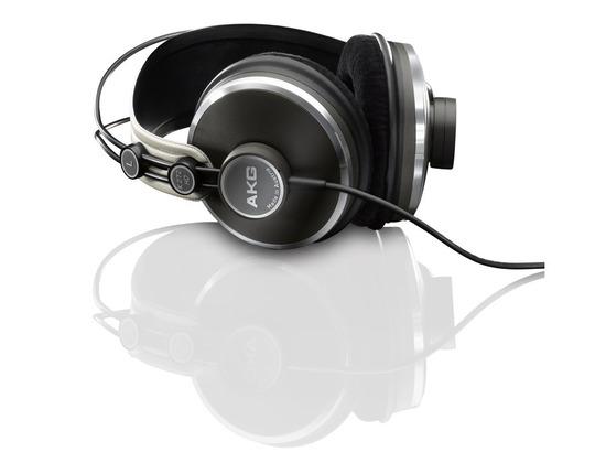 AKG K 272 HD High-Definition Headphones