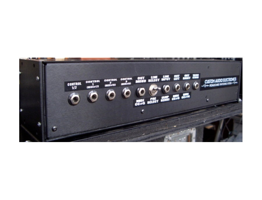 Custom Audio Electronics Pedal Board Switching System