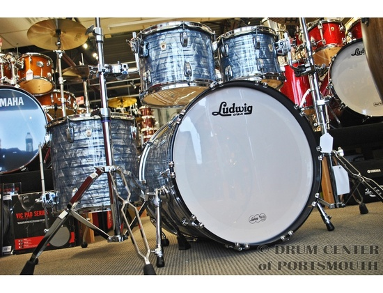 Ludwig Classic Maple Drum Kit Sky Blue Pearl