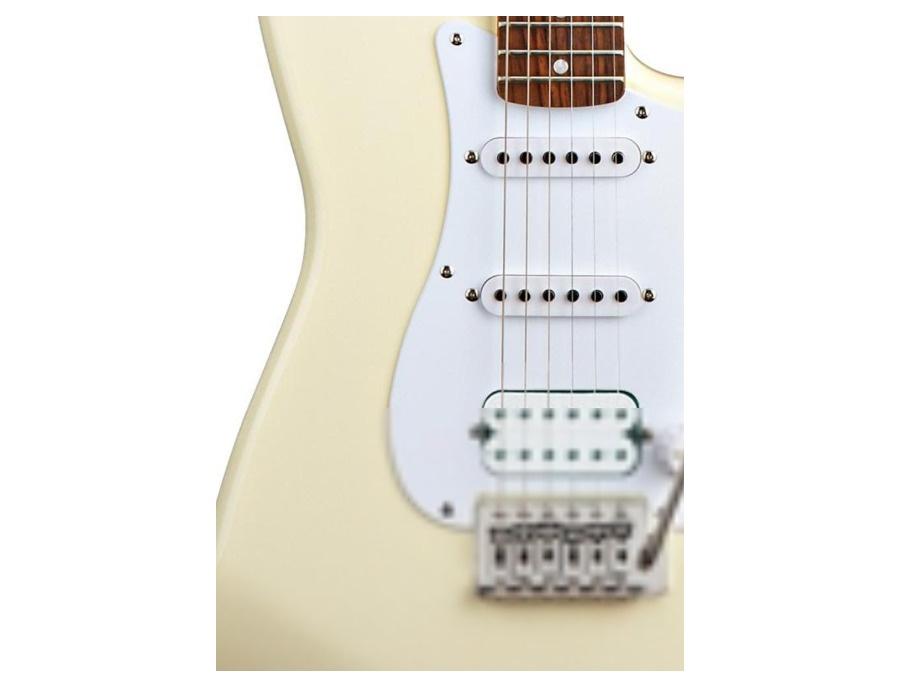 Squier Fender BulletStrat H/S/S Arctic White
