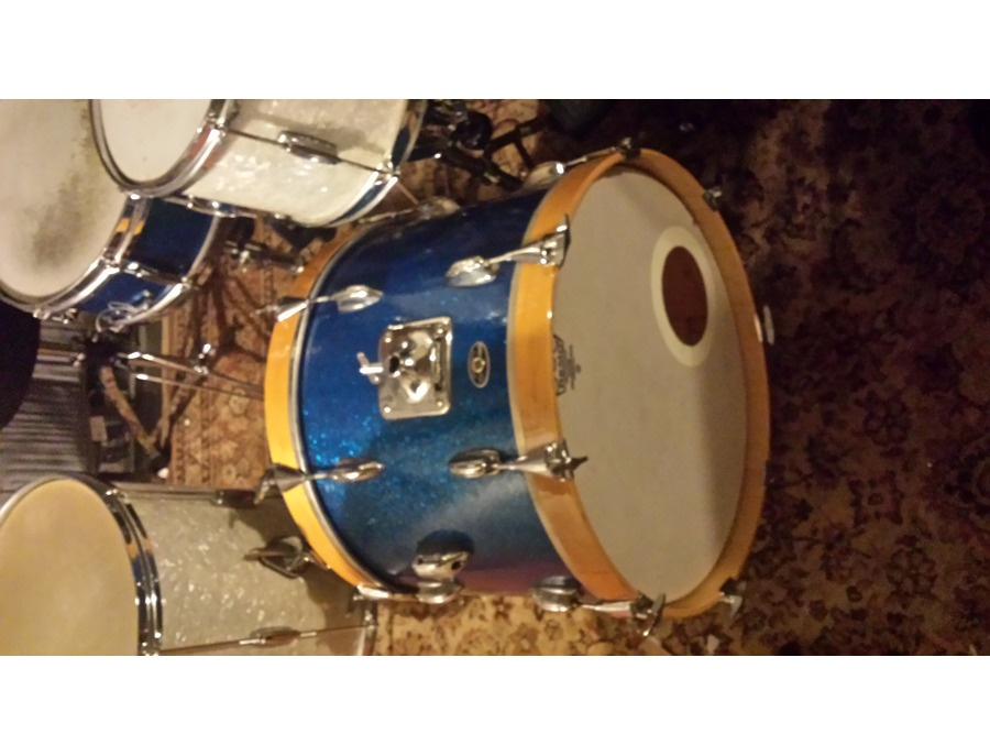 Slingerland 1964 Blue Sparkle Bass Drum