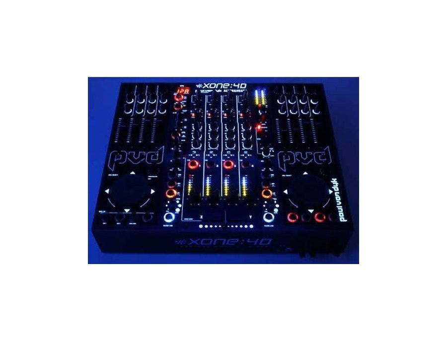 Paul Van Dyk's Custom Xone:4D DJ Controller