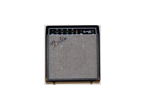 Fender SM-15