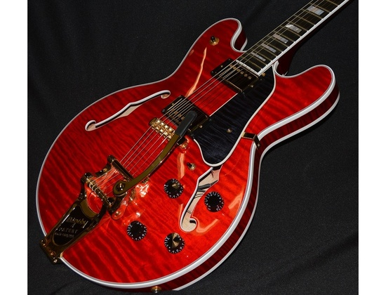The Heritage H555 guitar