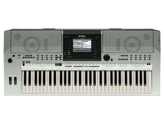 Yamaha PSR S-900