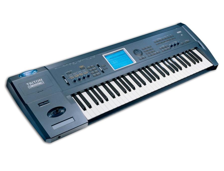 Korg Triton Extreme - 61 Key Workstation