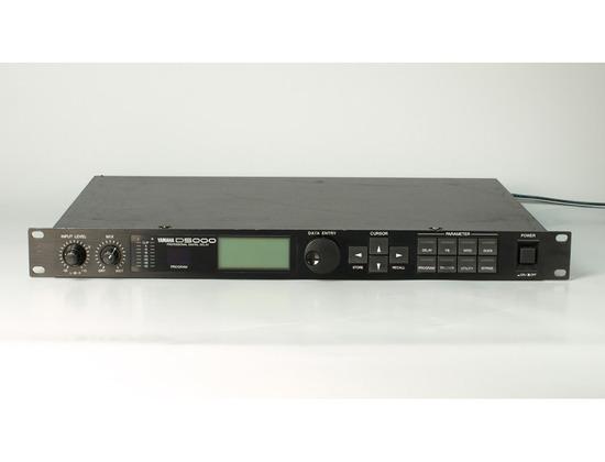 Yamaha D5000 Stereo Digital Delay