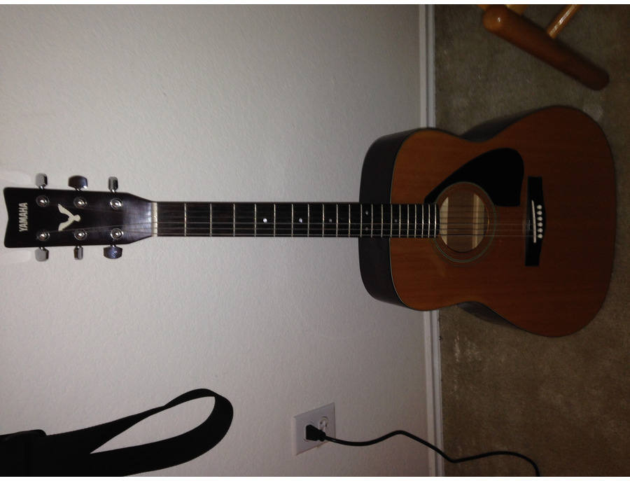 1984 Yamaha Acoustic Guitar