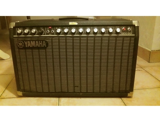 "Yamaha G100 2 x 10"" Combo Amplifier"