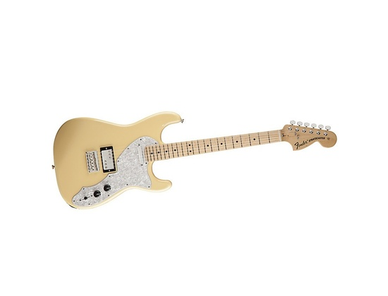 Fender Pawn Shop 70s Stratocaster Deluxe in Vintage White
