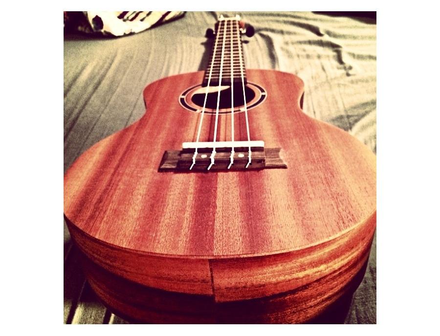 Woodnote tenor ukulele xl
