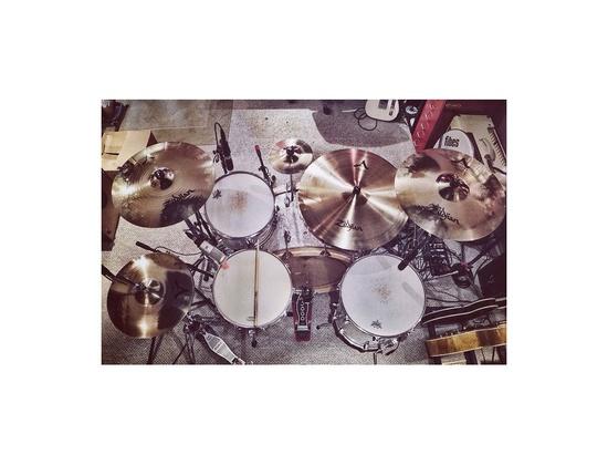 Fibes Drum Kit