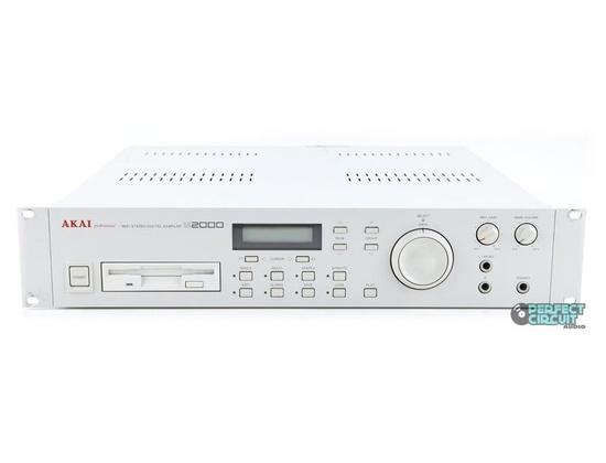 AKAI S2000
