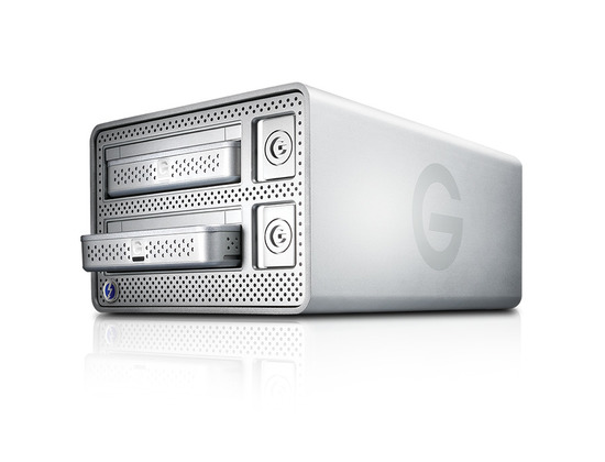G-DOCK ev with Thunderbolt