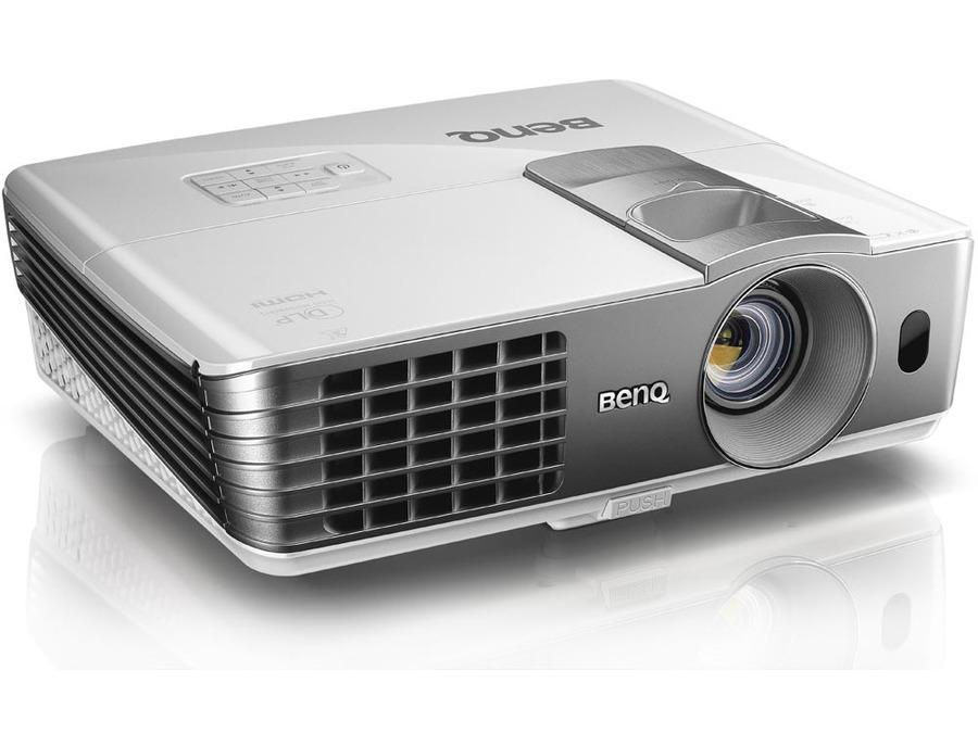 Benq W1070 Projector