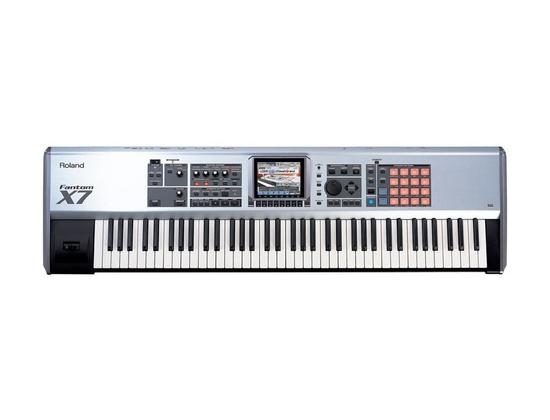 Roland Fantom-X7