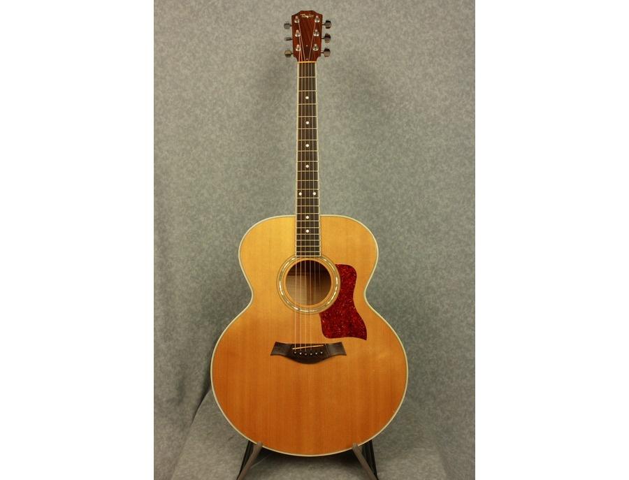 Taylor 615 Jumbo Acoustic Guitar